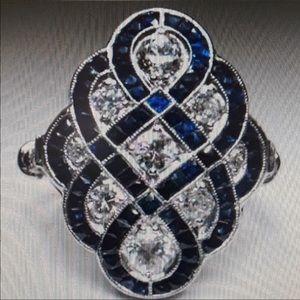 NWOT New Women's Art Deco Italian Ring in Size  8